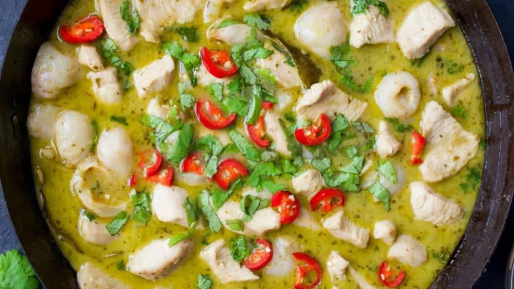 Chicken & Litchi Green Curry